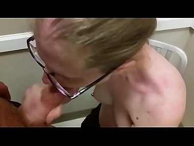 Public dressing room blow job and swallow