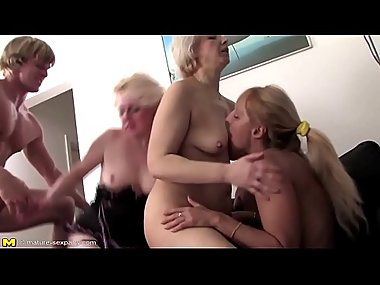 Asian Milf in Stockings Rubs A Rope Against Her Cunt