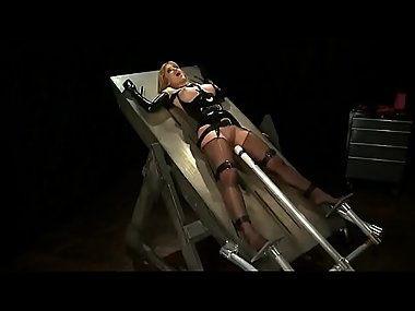 Blonde milf ties herself up and vibrates her pussy non stop