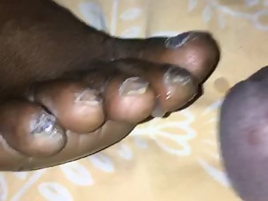 Cumshot on milf feet ebony comment asap