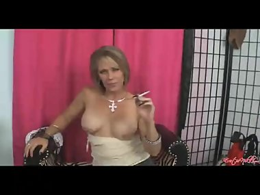 Nikki Ashton smoking facial 21