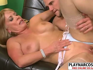 Charm Not Mother Lexi Mc Cain Seduces Hot Her..