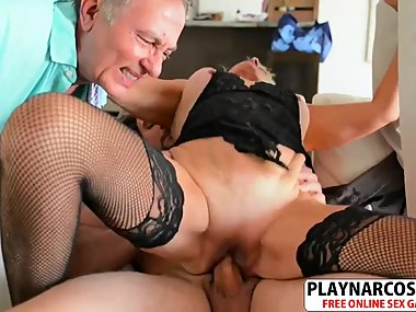 Salacious Not Mom Silva Foxx Gets nailed Sweet..