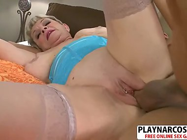 Curvy Mother Lin Boyde Fuck Hard Tender Friend