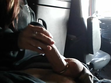 Sexyou cum slut get hot facial fromantic big juicy cock...