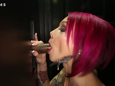 Anna Bell Peaks in the gloryhole