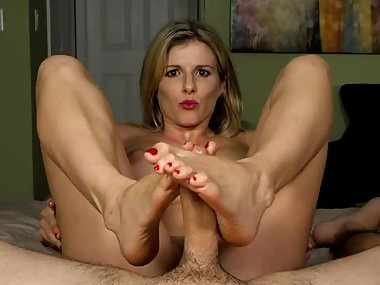 CC Naked Footjob