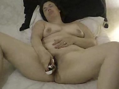 married dirty slut holly haris toying her shaved cunt