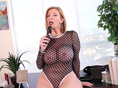 Busty Milf Sara Jay Gets Horny on Lunch Break..